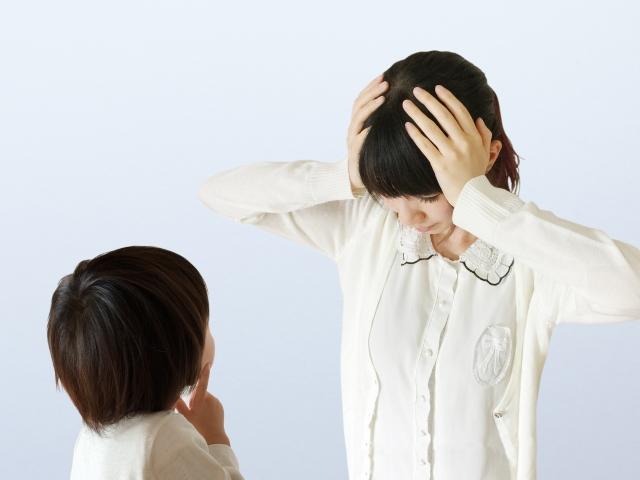 子供の繰り返すいたずらはママにかまってもらいたいサイン!?効果的な怒り方とは?